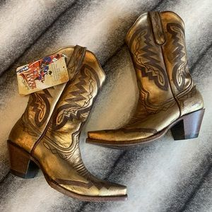 { Old Gringo } Peyton Gold Leather Cowboy Boots